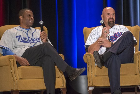 Larry Walker (right) shares stories with Warren Cromartie and fans at MBP's 2014 gala in honour of the 1994 Montreal Expos.